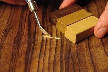 Как убрать царапины с поверхности