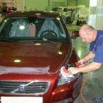 Как отремонтировать мелкие трещины и царапины на автомобиле