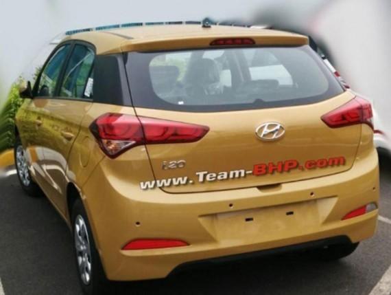 Hyundai i20 фото сзади