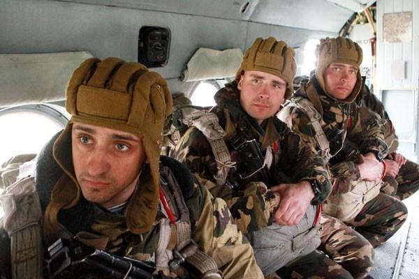 Бегство российских десантников