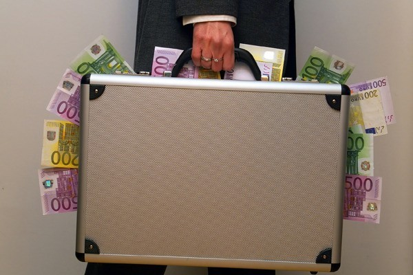 противозаконная диаграмма вывода денежных средств