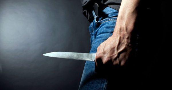 мужчина убил жену ударом ножа