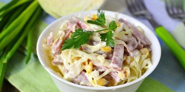 очень простой салат из капусты