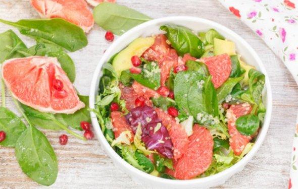 Приготовление салата из сырых овощей