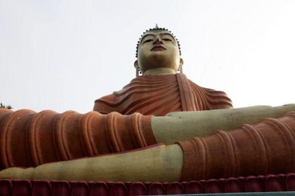 статуэтка Будды возвращена на Шри-Ланку