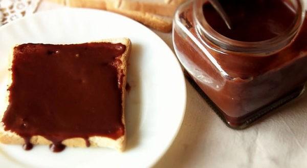 Приготовить шоколадный сыр дома